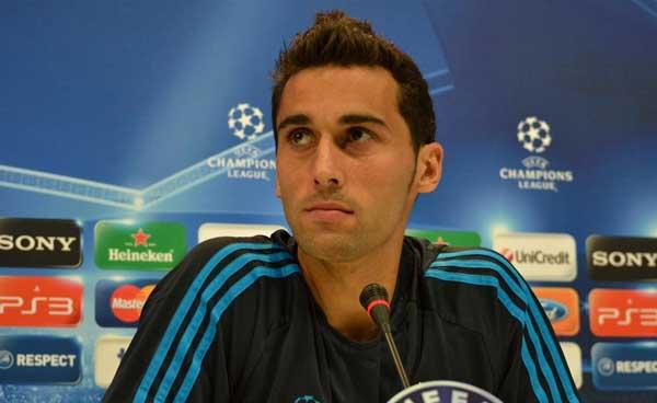 Foto de archivo. Álvaro Arbeloa, jugador del Real Madrid, en conferencia de prensa. Foto AP.
