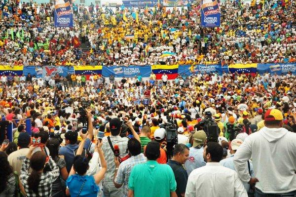 capriles-comando-venezuela-2