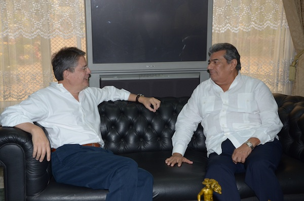 Guillermo Lasso con Falquez 4