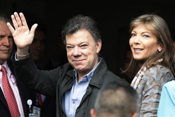 Juan Manuel Santos, Maria Clemencia Rodriguez