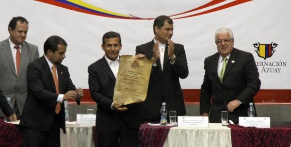 CUENCA 23 DE NOVIEMBRE DE 2012, EL presidente de Ecuador Rafael Correa se reune con su homólogo del Perú Ollanta Moisés Humala Tasso APIFOTO