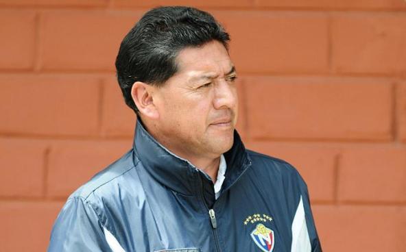QUITO 10-05-2012.- Sixto Vizuete, tecnico del equipo del Nacional.Diógenes Baldeón / EL UNIVERSO