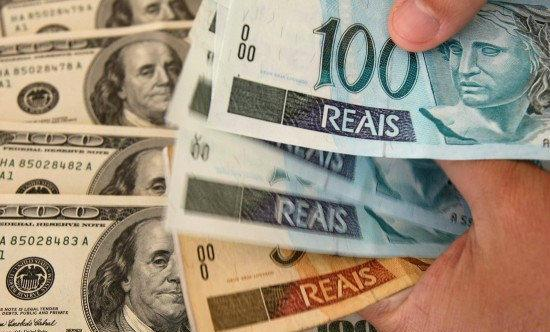 Dólares y euros. Foto de Archivo, La República.