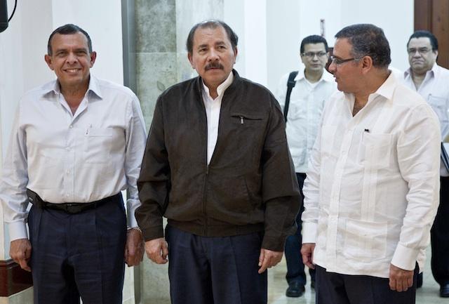 Daniel Ortega, Porfirio Lobo, Mauricio Funes