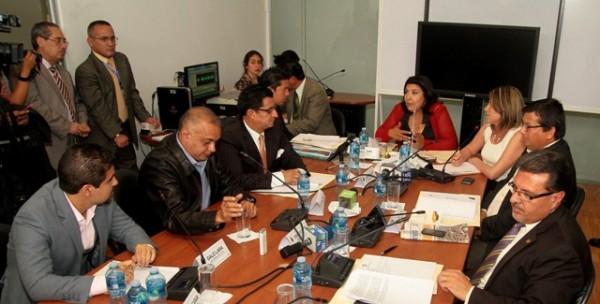 QUITO 26 DE DICIEMBRE 2012. Comision de Fiscalizacion reabre elo caso Duzac. FOTOS API / JUAN CEVALLOS.