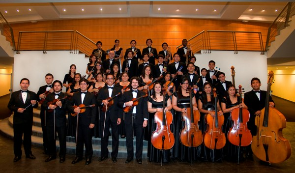QUITO 11-NOV-2012. ORQUESTA FILARMÓNICA JUVENIL DEL ECUADOR en la Casa de la Música.