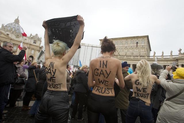 VATICANO-PROTESTAS