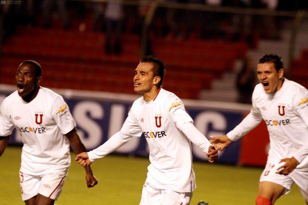 QUITO 23 DE ENERO DE 2012, EN el estadio Casa Blanca Liga recibe al Gremio APIFOTO/JCAZAR