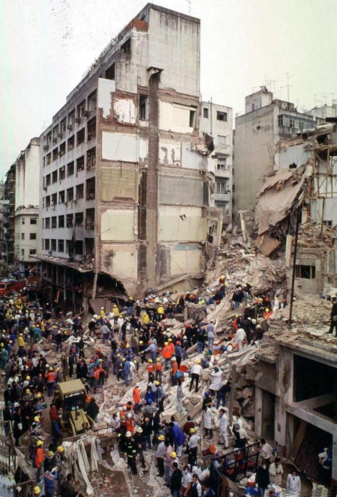 Fotografia de archivo del atentado a la AMIA ocurrido el 18 de Julio de 1994 en el que  murieron 85 personas.