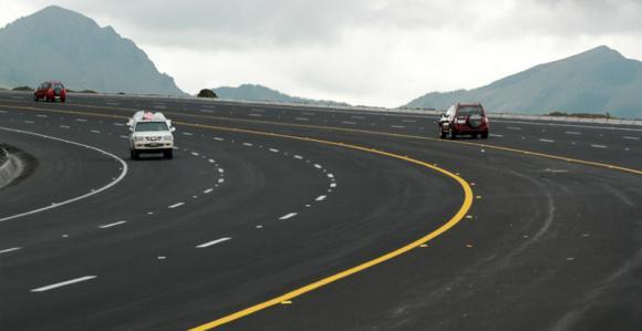 Carretera a las afueras de Latacunga. Foto de Archivo, La República.