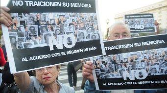 Multitudinarias protestas en Buenos Aires.