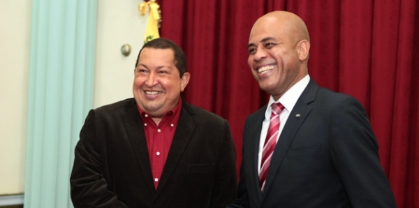 Chavez y Martelly