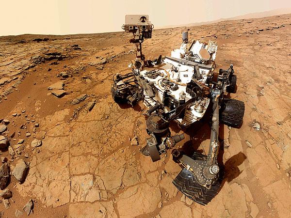 El Curiosity Rover se encuentra actualmente en Marte estudiando el territorio marciano para comprender el planeta rojo.