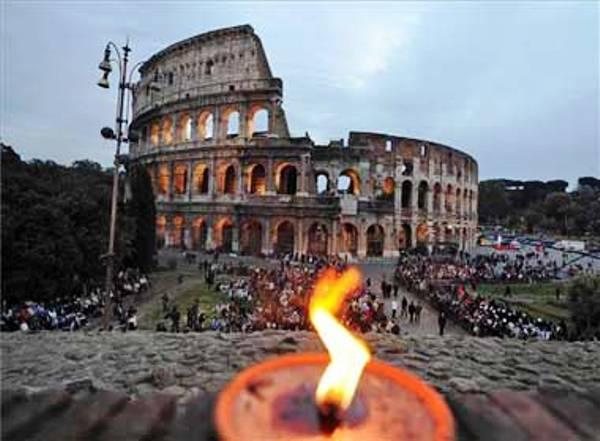 Coliseo, sitio emblemático de Roma. Foto de Archivo, La República.