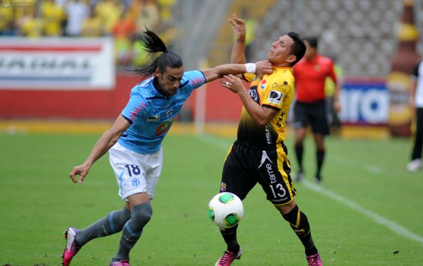Guayaquil, 10 de Marzo del 2013. En el estadio Monumental Barcelona recibe al Macara. APIFOTO/CÉSAR PASACA