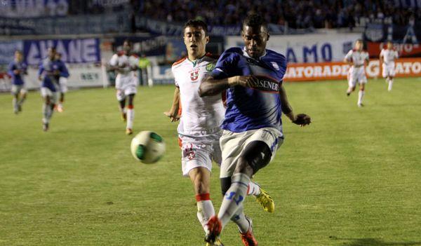 LOJA 29 DE MARZO DE 2013, Liga de Loja recibe al Emelec APIFOTO/.J. E. MENDIETA