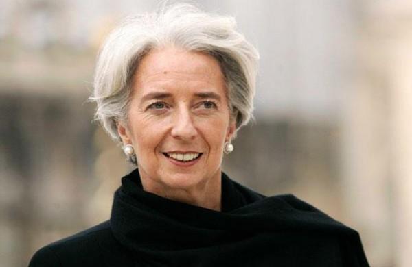 La directora del Fondo Monetario Internacional Christine Lagarde a su llegada a una corte de París el jueves, 23 de mayo del 2013  (Foto AP/Jacques Brinon)