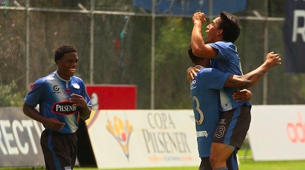 SANGOLQUI 28 DE ABRIL 2013. Independiente vs Emelec. FOTOS API / JUAN CEVALLOS.