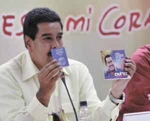 Maduro prepara un evento por el mes de la muerte de Chavez.