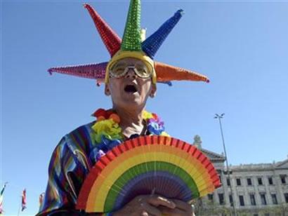 La comunidad gay está muy feliz por la decisión.