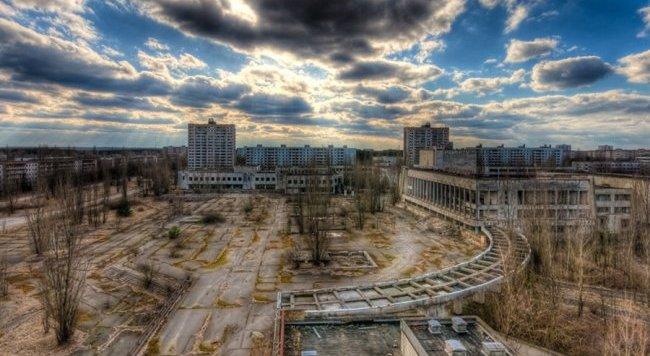 Actualmente Chernobyl esta inhabitado, los niveles de radiación hacen imposible volverlo un lugar habitable.