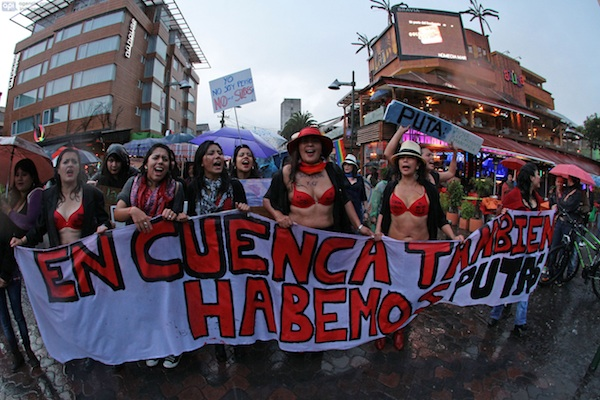 QUITO 20 DE ABRIL 2013. Marcha de las Putas. FOTOS API / JUAN CEVALLOS.