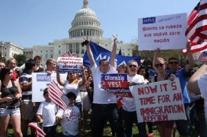 La protesta fue multitudinaria y asistieron inmigrantes de todos los países