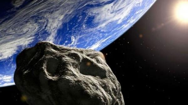 Asteroide junto al planeta Tierra. Foto de Archivo, La República.