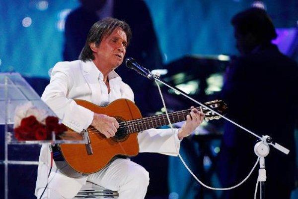 Roberto-Carlos (1)