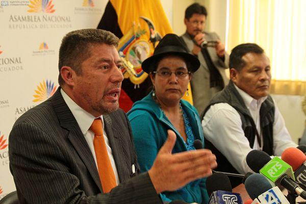 QUITO 26 DE FEBRERO DE 2013. Rueda de prensa del Bloque de Pachakutik. FOTOS API / JUAN CEVALLOS.