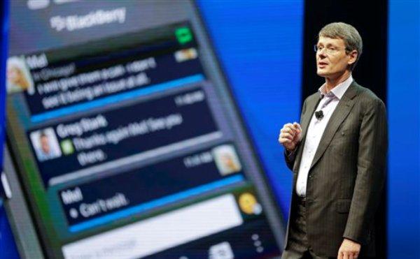 Thorsten Heins, presidente y director general de BlackBerry en una conferencia el martes 14 de mayo de 2013 en Orlando, Florida. (Foto AP/John Raoux)