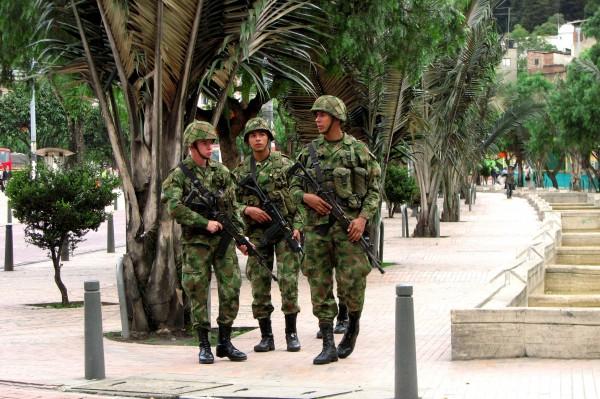 soldados colombianos_