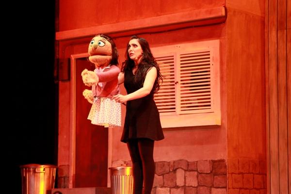 Kate Monster y Lucy The Slut, interpretados por Pamela Cortés.