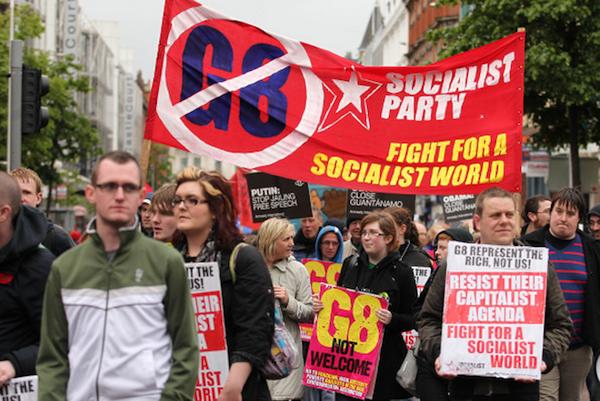 Manisfestantes G8 Belfast 2