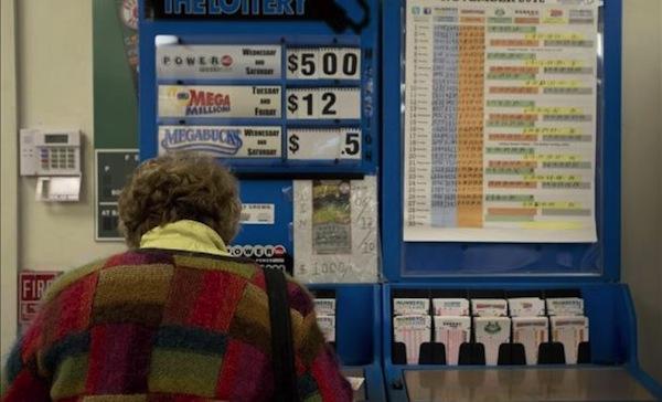 Mujer de 84 años premio de lotería EE.UU. Foto de Archivo, La República.