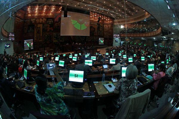 La nueva Ley de Medios en Ecuador logró mayoría absoluta en la Asamblea Nacional.