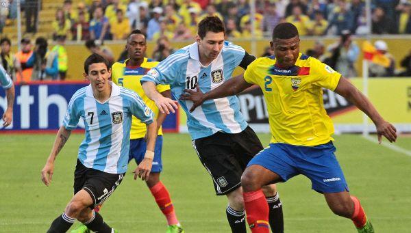 Foto de archivo. Partido de eliminatorias al Mundial Brasil 2014 jugado en la ciudad de Quito el 11 de junio del año 2013. Foto API.