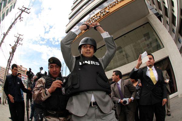 QUITO 25 DE JUNIO 2013. La audiencia de de Fernando Balda se llevo a cabo en la Corte Provincial de Pichincha. FOTOS API / JUAN CEVALLOS.