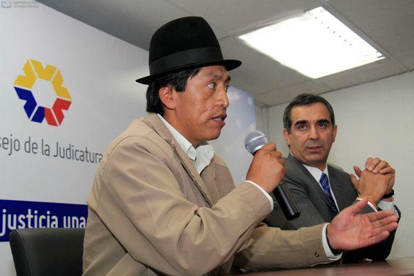 QUITO 3 DE JUNIO 2013. Rueda de Prensa el Presidente de la Judicatura Gustavo Jalk y Humberto Cholango. FOTOS API.