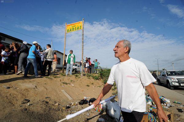 Guayaquil, 18 de Junio del 2013. Continuaron los desalojos en Monte Sinai. Alrededor de 93 casas en la Cooperativa LAS MARIAS seran demolidas. APIFOTO/CÉSAR PASACA