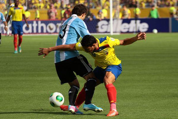 QUITO 11 DE JUNIO 2013. Ecuador vs Argentina. FOTOS API / JUAN CEVALLOS.