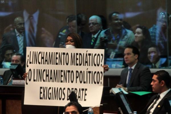 QUITO 14 DE JUNIO 2013. Votacion de la ley de comunicacion. FOTOS API / JUAN CEVALLOS.