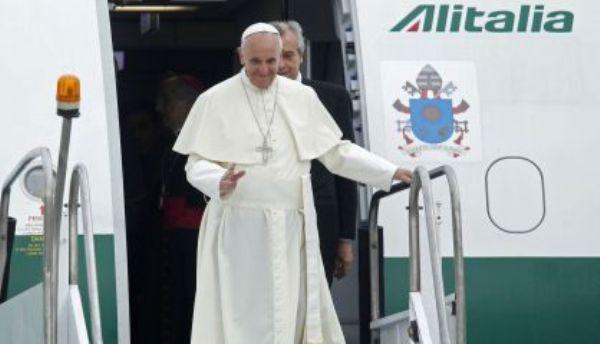 Papa Francisco llega a Rio.