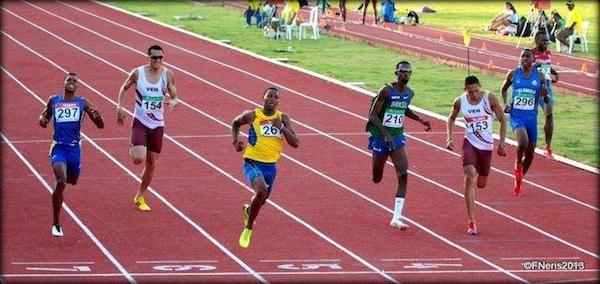 Otra vez Alex Quiñonez Campeón Sudamericano de los 200 metros con 20.44. Foto Federación Ecuatoriana de Atletismo.