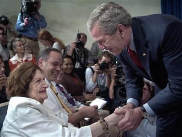2008, con George W. Bush