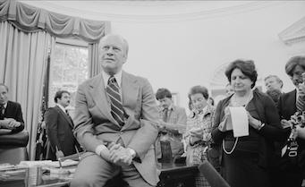 1974, con Gerald Ford.