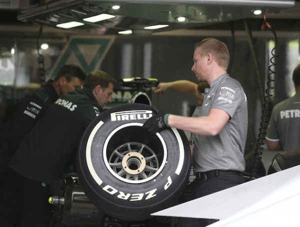 F1-PRUEBA NEUMATICOS