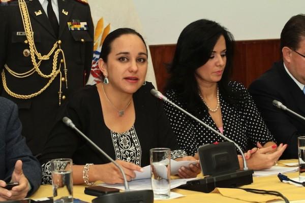 Gabriela Rivadeneira y Marcela Aguinaga. Foto de Archivo, La República.