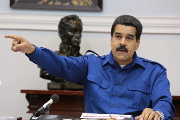 Maduro de azul