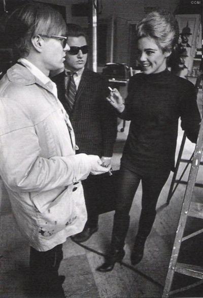 Andy Warhol Y Edie Sedgwick en la Factory.